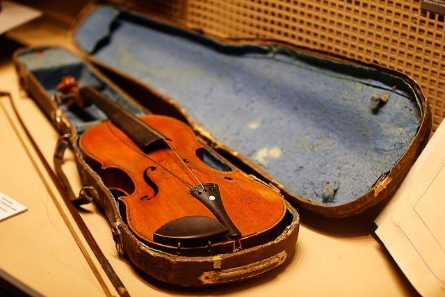 年季の入ったバイオリン